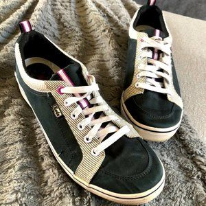 Keds Low Top Sneakers Dark Green Striped: Size 9.5